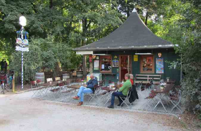 Kiosk Milchhäusl im Englischen Garten
